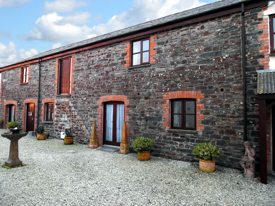Primrose Holiday Cottage in Cornwall